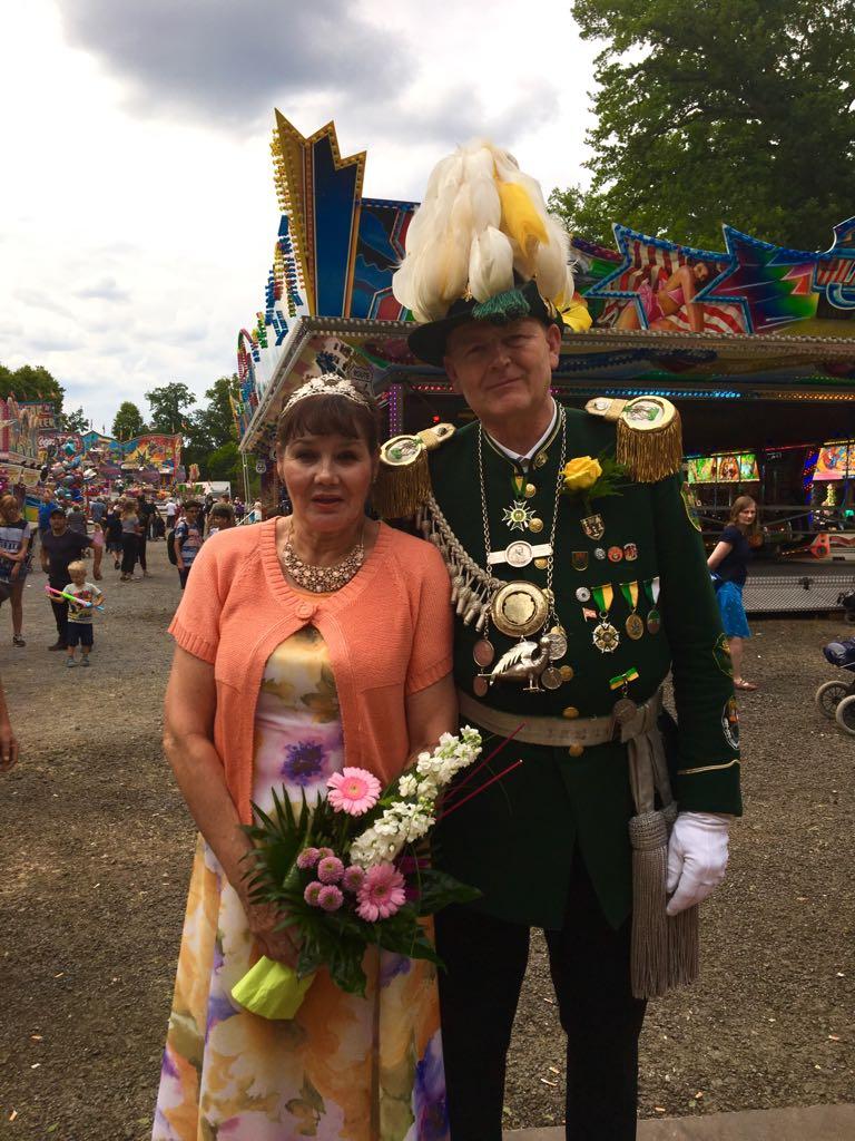 Vollblut Königspaar Bernd und Claudia sind super glücklich. Sie stehen der Gilde 2018/2019 vor.