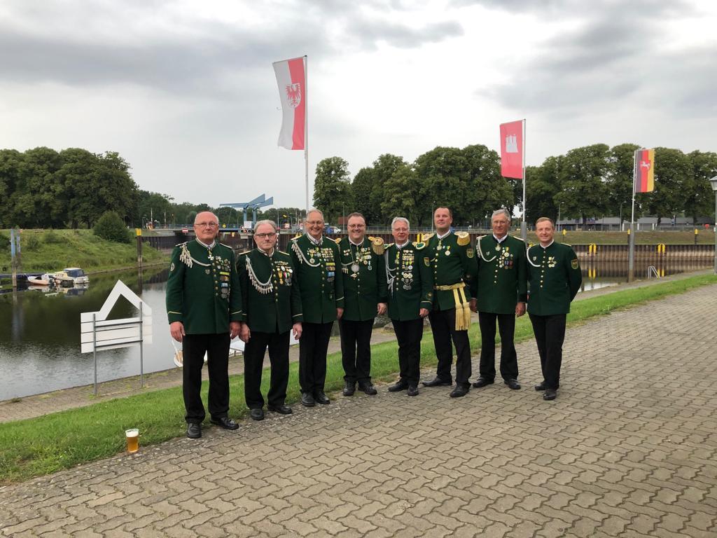F. Bussenius, P. Brüning, Jürgen Meyer, Majestät Thorsten Pils, R. Karmienke, Kapitän Stefan Schulz, Hermann Bartnik, Martin Delpiano-Weber